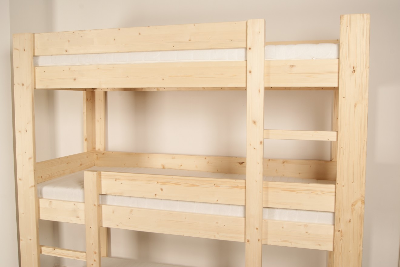 3 persoons bedden harry 3 persoons stapelbed blankhouten meubels - Stapelbed met opslag trappen ...