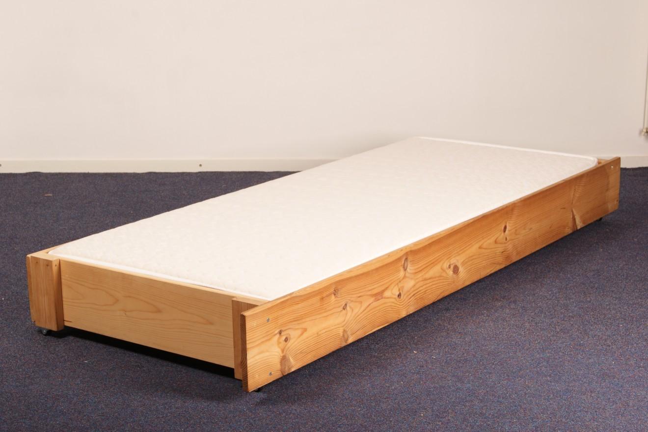 1 persoons bedden onderschuifbed incl houten bodem blankhouten meubels - Houten bed ...