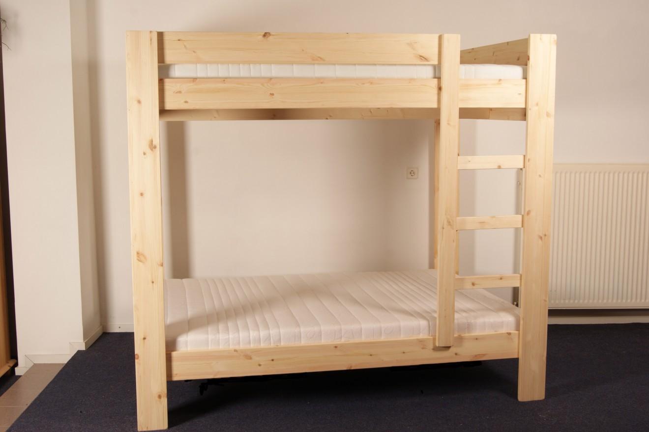 Stapelbedden bedden blankhouten meubels - Trap meubilair kind ...